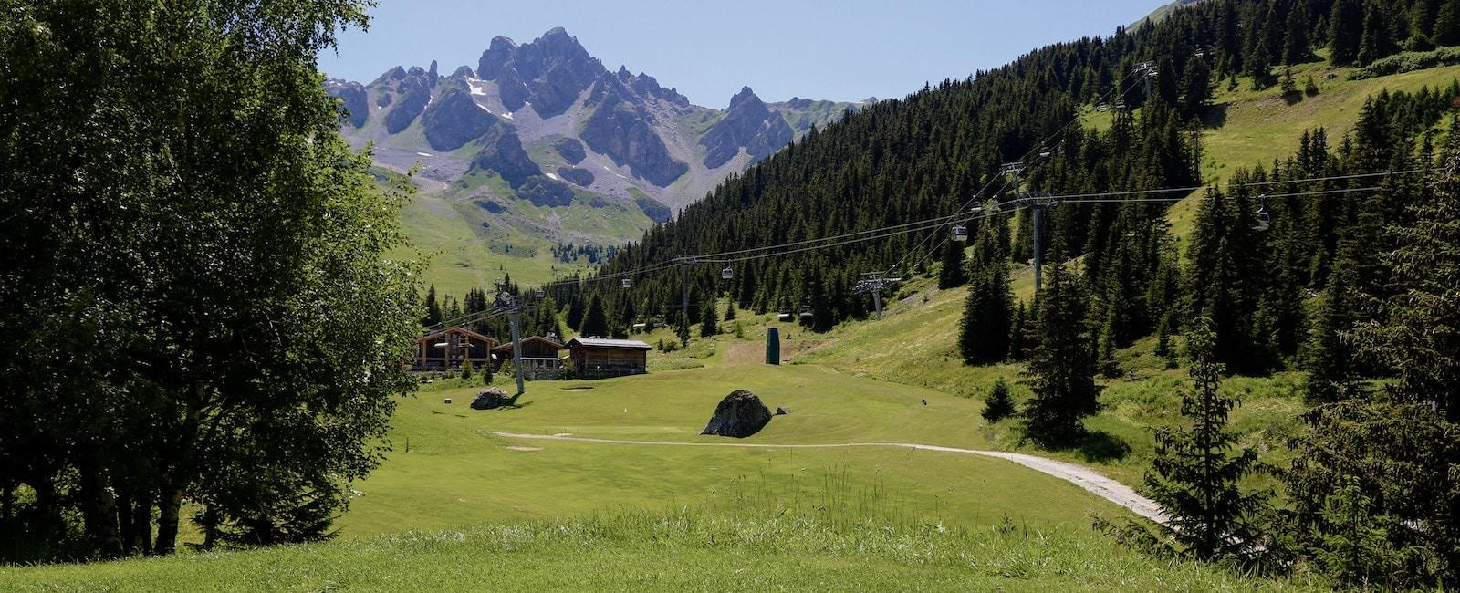 Golf Club de Courchevel | Le trou 2, un challenge à relever