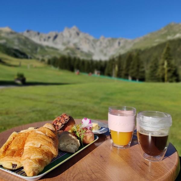 Golf Club de Courchevel   Un bar ouvert à tous