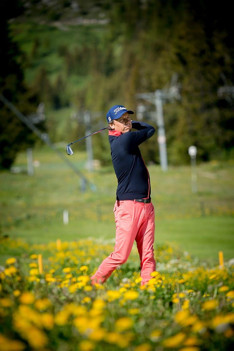 Golf Club de Courchevel | Gregory, head pro vous accueille pour des cours de golf.